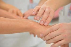 כאבים ביד